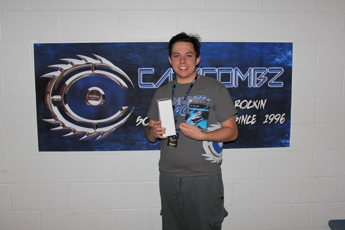 Combz22-032